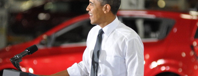 Obama checks out Detroit auto show